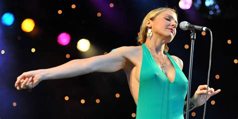 storm large sc symphony rocks the house with storm large local santa