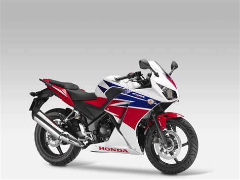 honda cbr r 2014 honda cbr300r replaces the cbr250r autoevolution