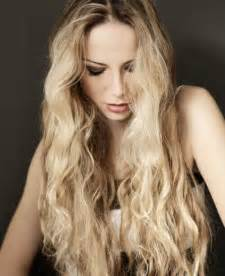 pictures of hairstyles with blond on top and bottom 11 top long blonde hair ideas bombshell alert