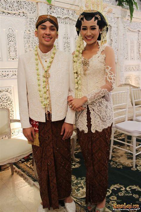 Baju Wedding Adat Jawa by 9 Model Baju Pengantin Adat Jawa Modern Yang Cantik Mempesona