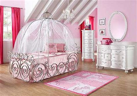 luxuriously royal sleepers disney princess bedroom sets