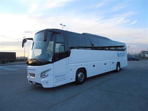 futura piedi flotta pullman e minibus laguna coach travel