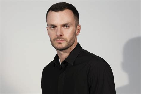Kris Assche To Replace Slimane At by Kris Assche Is Out Jones Is In Da Magazine