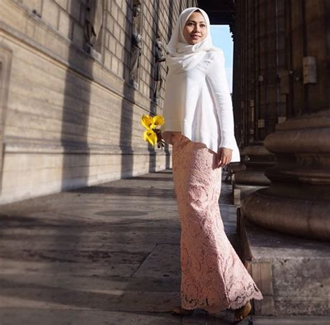 Baju Nino S 1000 ideas about baju kurung on kebaya styles and dresses