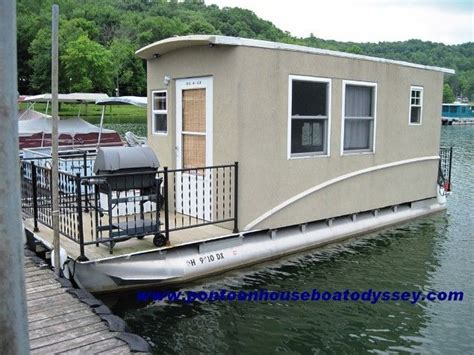 mini house boat 17 best images about boating houseboats on pinterest the