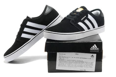 adidas originals suede s casual shoes black white