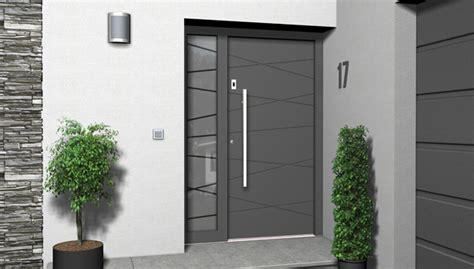 Haustueren Aluminium by Hausturen Holz Oder Aluminium Denvirdev Info