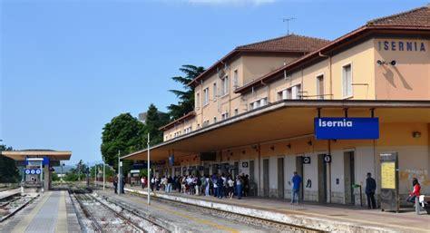 autobus candela roma nuova odissea per i viaggiatori treno roma