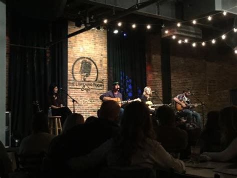 the listening room nashville tn two more songwriters out enjoying an evening at the listening room cafe nashville tn