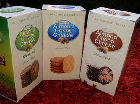 Paket Almond Crispy Cheese 3 Pcs Original Green Tea Chocolate spek harga wisata rasa almond crispy cheese choco green