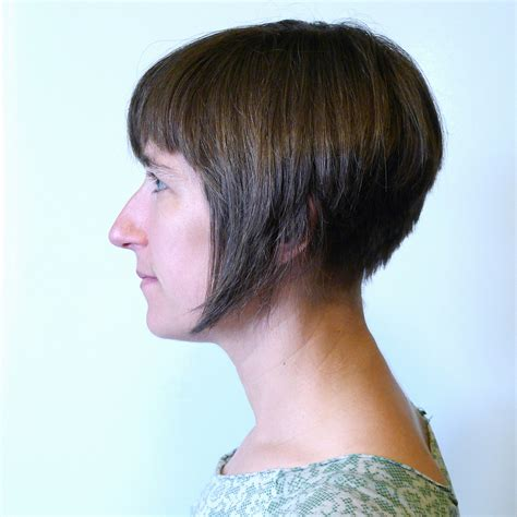Bob Cut Hairstyles by File Inverted Bob Haircut Jpg Wikimedia Commons