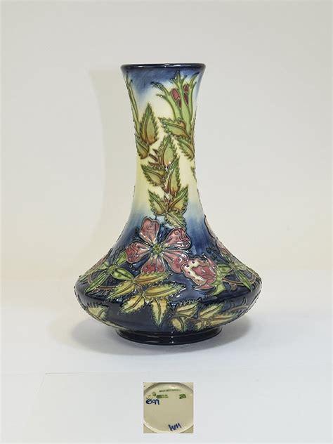 moorcroft modern tubelined vase sweet briar design