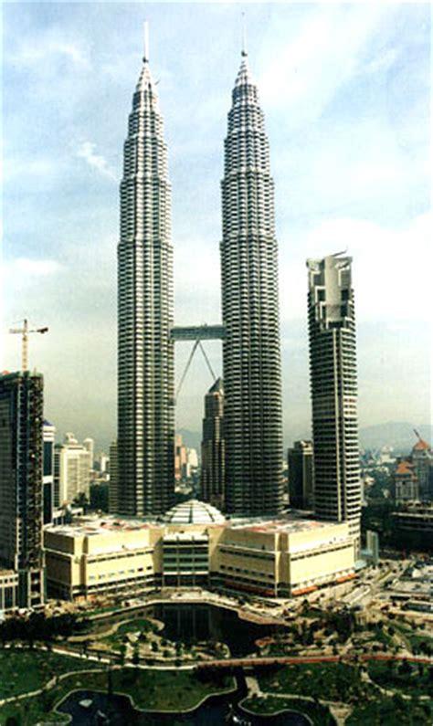 Batu Gambar Tower Petronas menara petronas