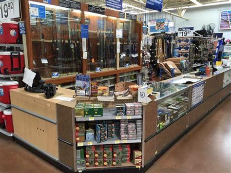 walmart jewelry section 50 insane crimes that could only happen at walmart