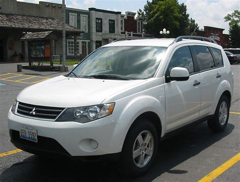 white mitsubishi outlander mitsubishi outlander price modifications pictures