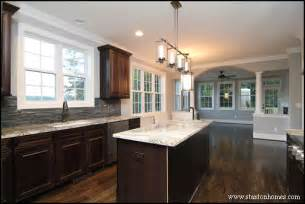 Kitchen Cabinet Countertop Color Combinations Brick Homes In Raleigh Favorite Brick Home Designs