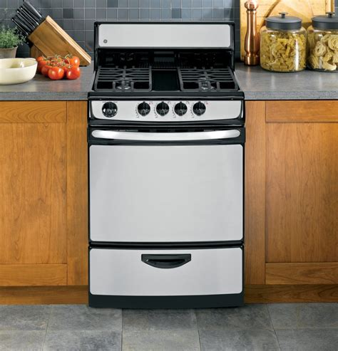 24 gas range ge jgas02senss 24 inch freestanding gas range with 3 cu