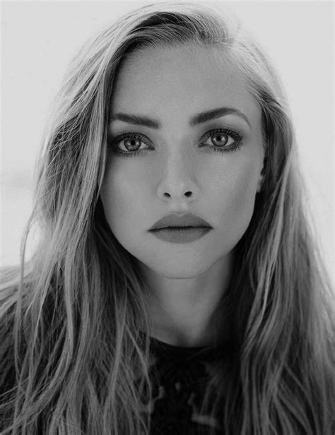 amanda seyfried eyes meme edit amanda seyfried aseyfriededit jonrsnow