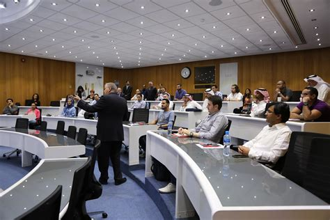 Executive Mba Programs In Bahrain by Strathclyde Executive Mba Tops Financial Times Rankings