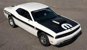 Mopar Dodge Mopar Reveals Dodge Challenger Drag Race Package Cars At