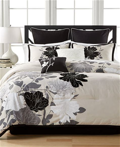 Macy S Bedding Set Sale Closeout Midnight Flowers 8 Pc Comforter Sets Created For Macy S Bed In A Bag Bed Bath