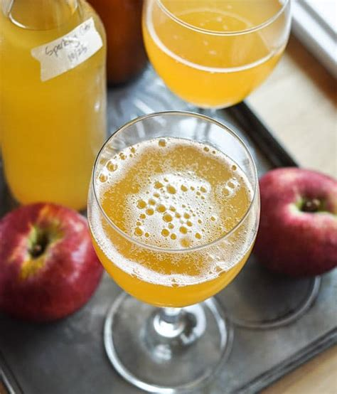 how to make your own sparkling cider at home with only two