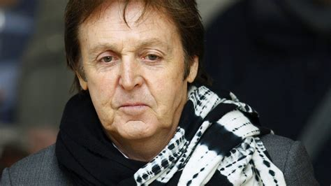 paul mccartney paul mccartney wallpapers images photos pictures backgrounds