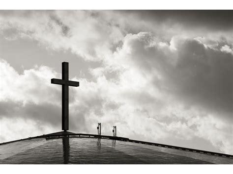 black and white wallpaper of god cross in black and white wallpaper christian wallpapers