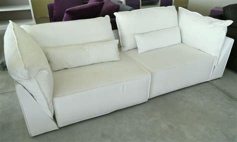 divani in tessuto divano in tessuto bianco scontato 55 divani a