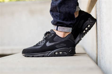nike sportswear air max 90 the nike hong kong blog super hot mobile the understated nike air max 90 essential in black