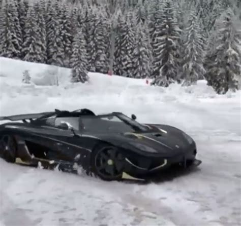 koenigsegg snow gold trimmed koenigsegg agera rs naraya does donuts in the
