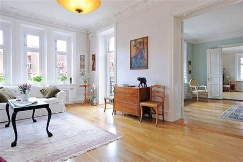 beautiful furnished apartment in a finely restored