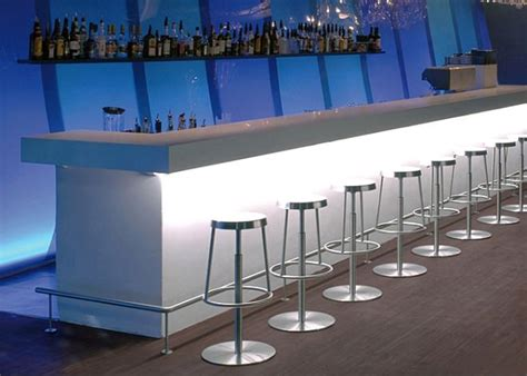 Buy Bar Counter Seamless Solid Surface Made Hotel Cafe And Restaurant Bar