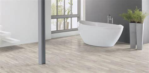 White Wash Wood: Beautifully designed LVT flooring from
