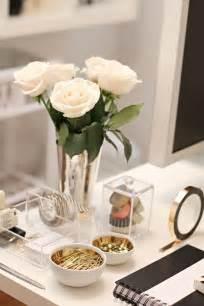 Office Desk Decoration Items Best 25 Office Desk Accessories Ideas On Chic Cubicle Decor Gold Desk Accessories