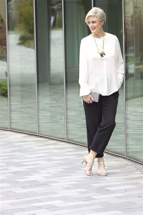 clothing trends for women over 55 322 best ageless fashion for spring summer images on pinterest