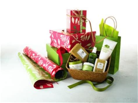 origins cosmetics 12 days of christmas giveaway win a spa treatment 250 in origins products free gift wrap it forward