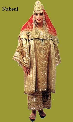vetement traditionnel tunisienne habit traditionnel tunisien اللباس التقليدي traditionnel