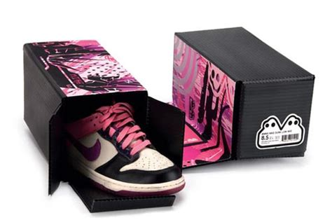 Tali Kacamata Tulisan Sport great packaging for shoe to become a proud and