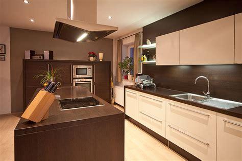 modulküche wohnzimmer regale design