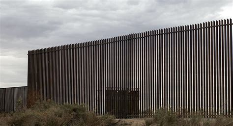 Wallborder B 007 administration reveals phase one of the border wall
