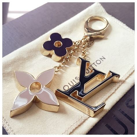 louis vuitton louis vuitton fleur de monogram bag charm