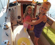 catamaran cruising costs liveaboard on a compac 16 a little tight but comfortable