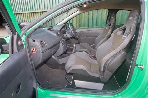 renault sport interior renault clio renaultsport 2006 2012 interior autocar
