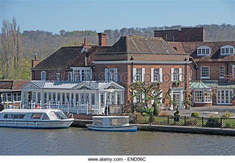 thames river hotel compleat stock photos compleat stock images alamy