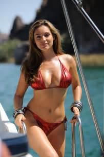 Image title piranha 3d des photos et le bikini de kelly brooke