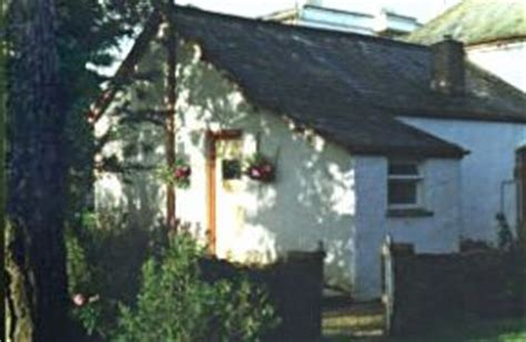 Welcombe Cottage by Self Catering Cottage In Welcombe Garden Cottage
