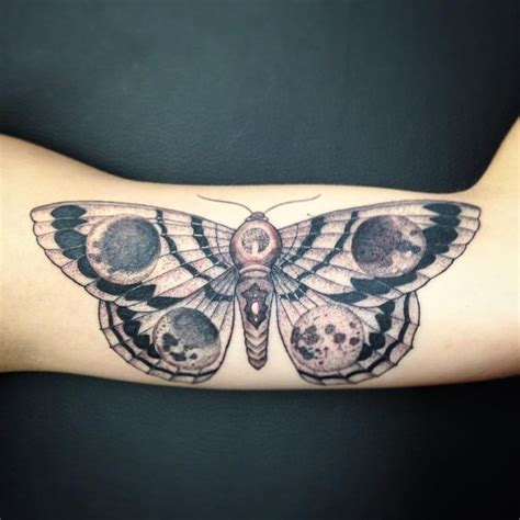 Best Moth Designs Meaning 85 Wondrous Moth Tattoo Ideas Body Art That Fits Your