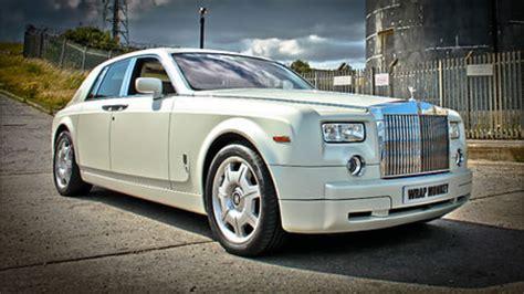 Wedding Car Leeds by Wedding Car Hire Uk