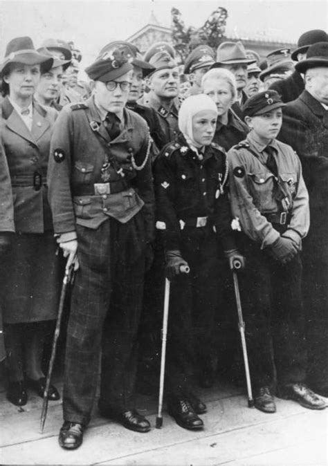 hitler youth biography hitler youth photos of life inside the nazi